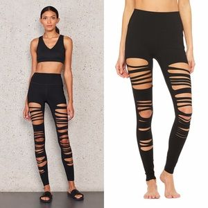 ALO YOGA Black Extreme Ripped Warrior Leggings